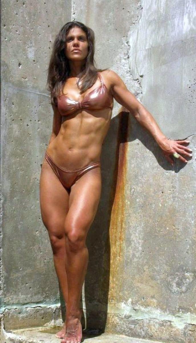 Laura Coleman - Female Fitness Model