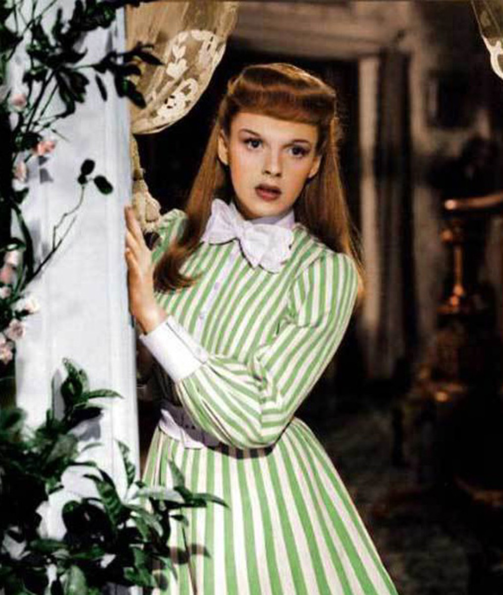 "Judy Garland in ""Meet Me In St Louis""."