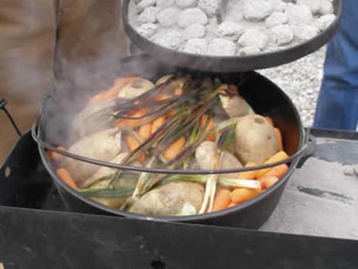 Campfire Dutch oven main courses