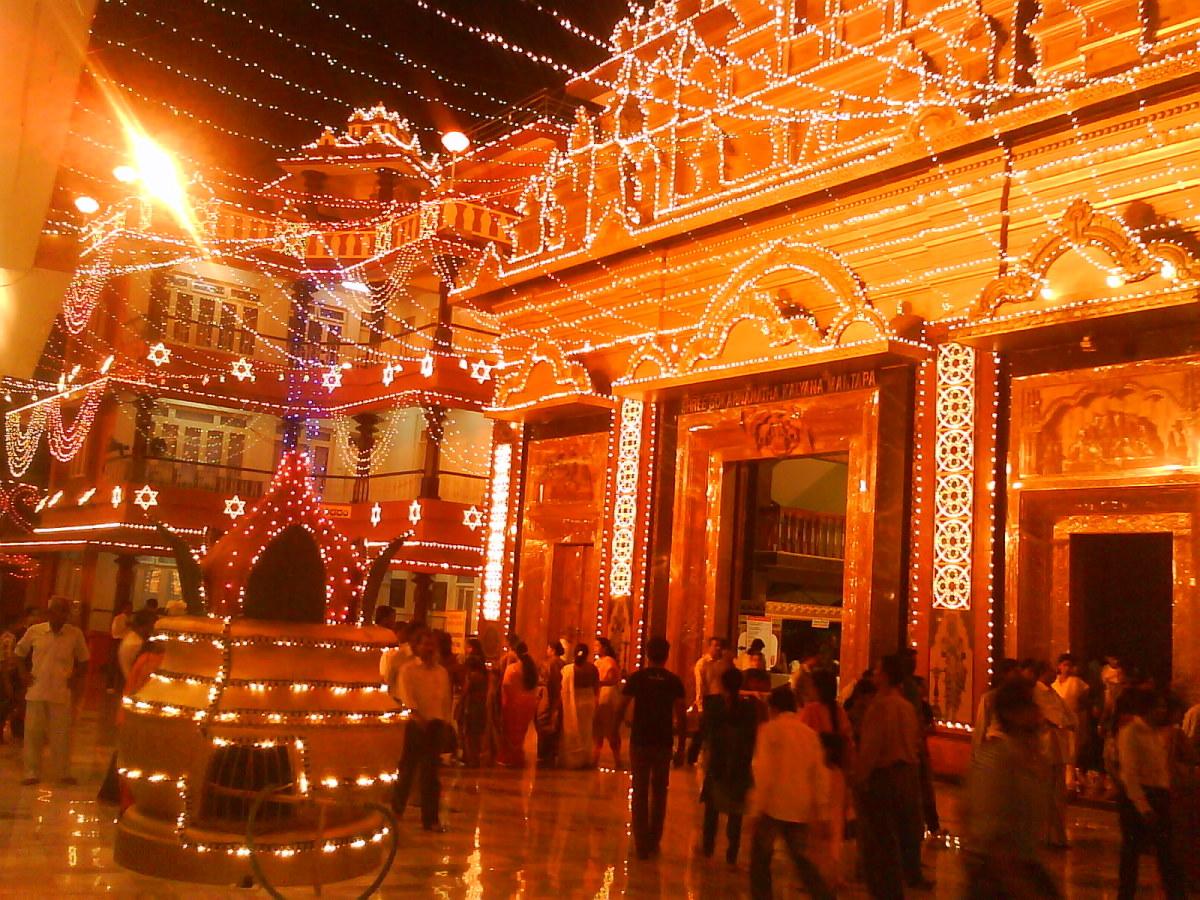 Entrance to the hall where Navadurga idols are displayed