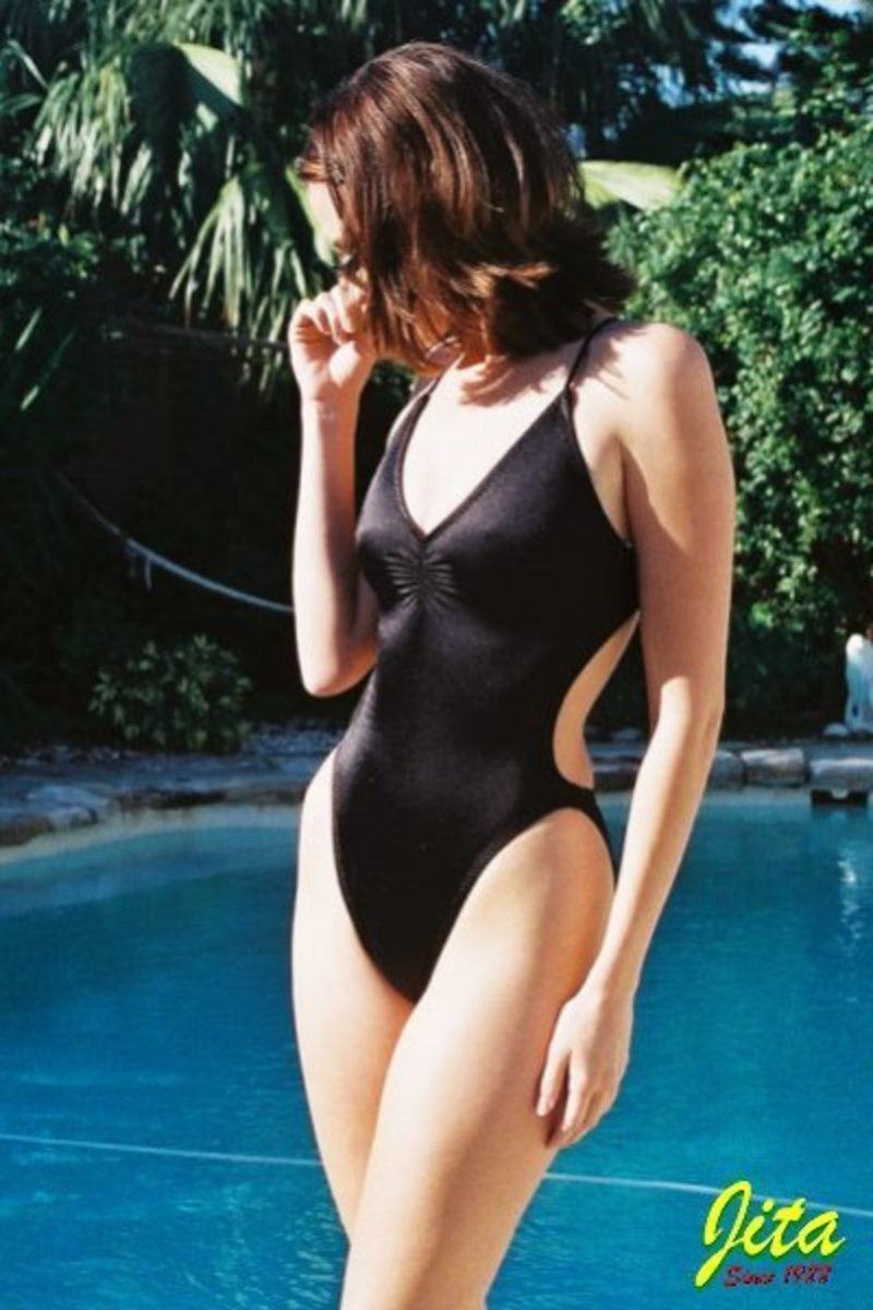 swimsuit with built in bra