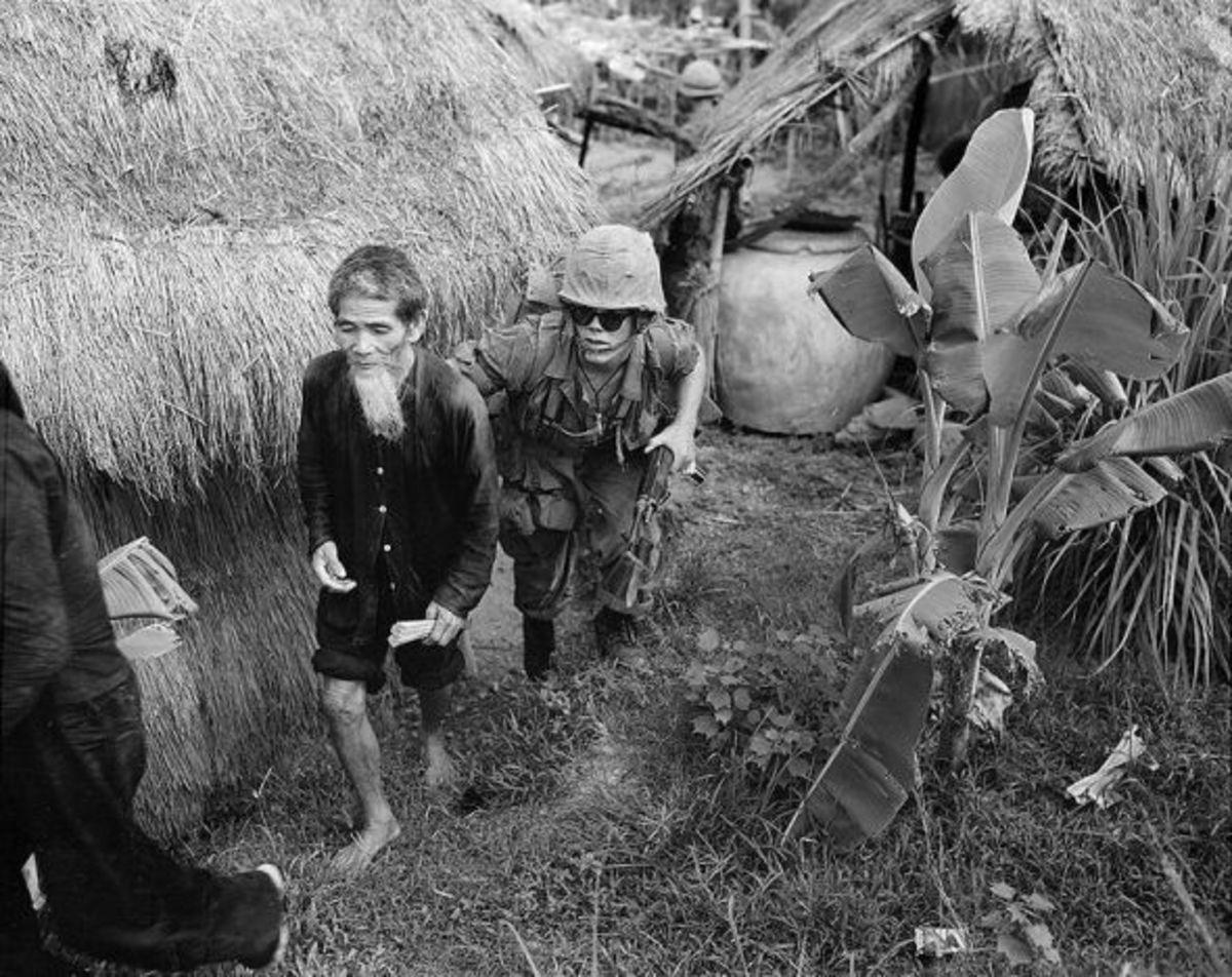 Vietnam-war-pictures-viet-cong-suspect