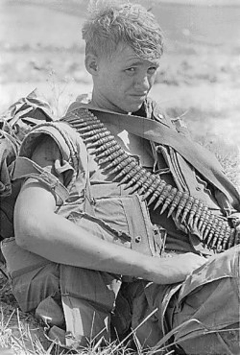 Vietnam-war-pictures-young-soldier