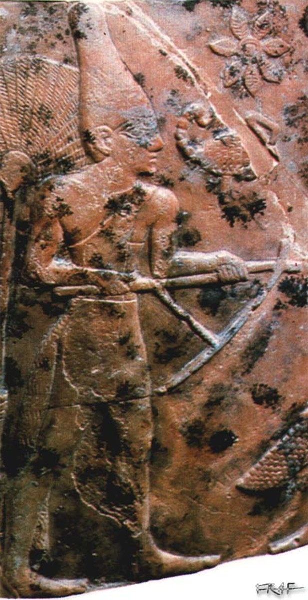 King Scorpion on a mace head