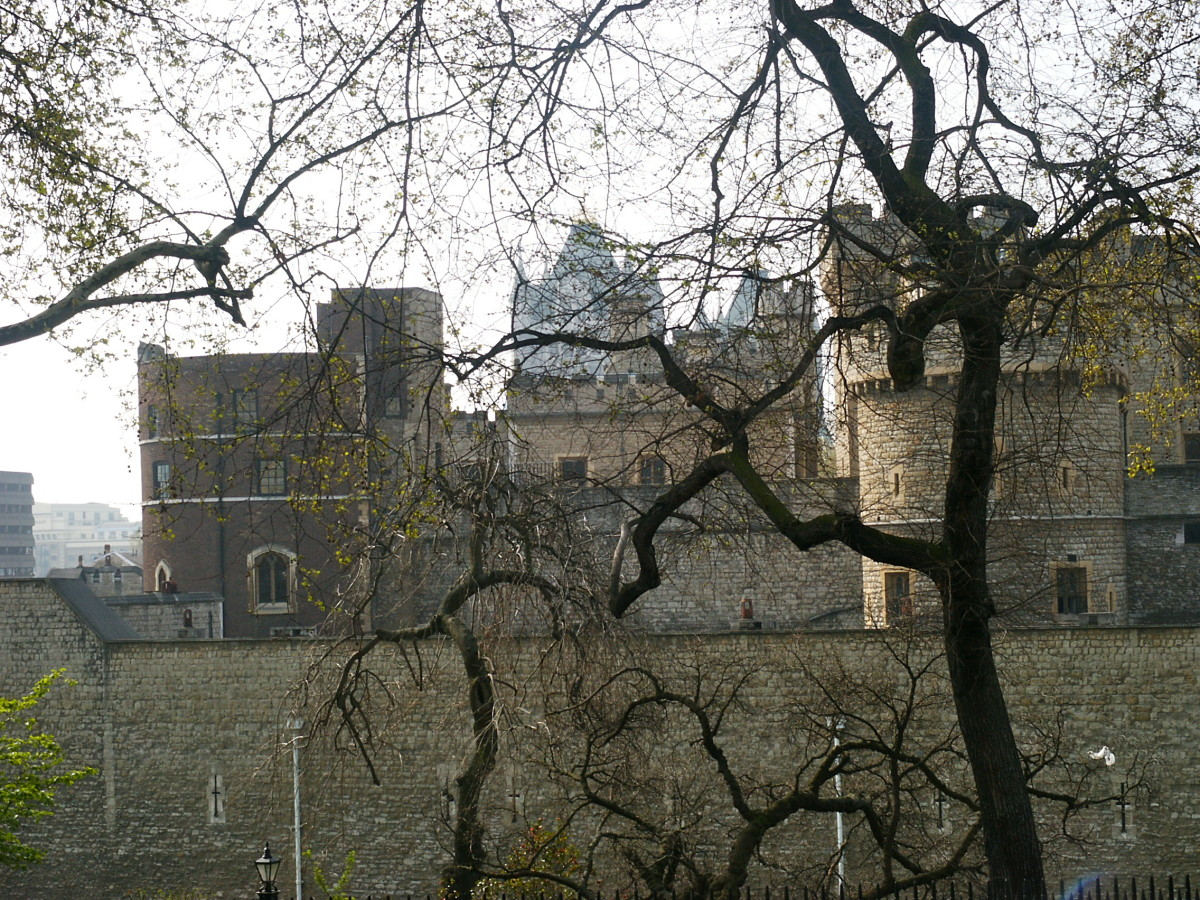 facts-and-images-of-the-tower-of-london