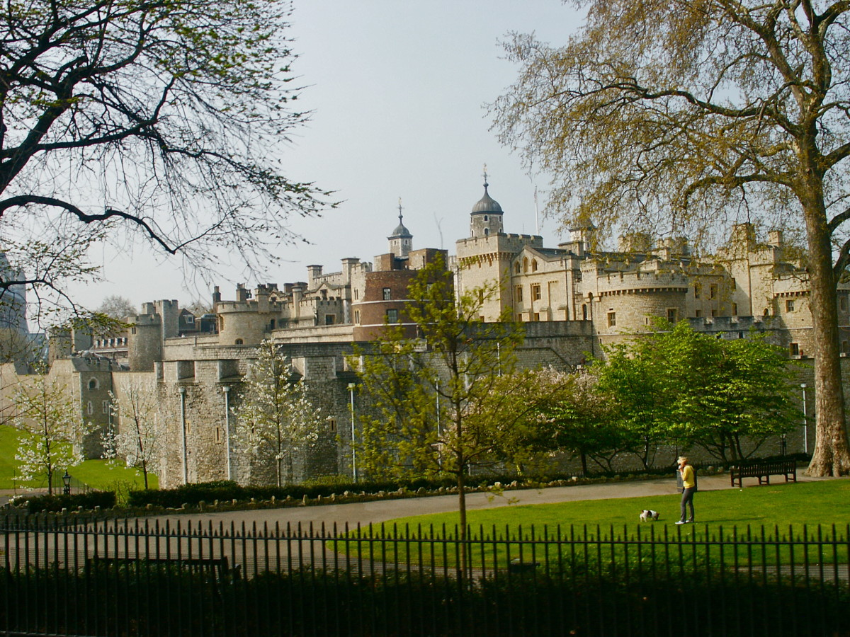 Facts About the Tower of London (with Photos)