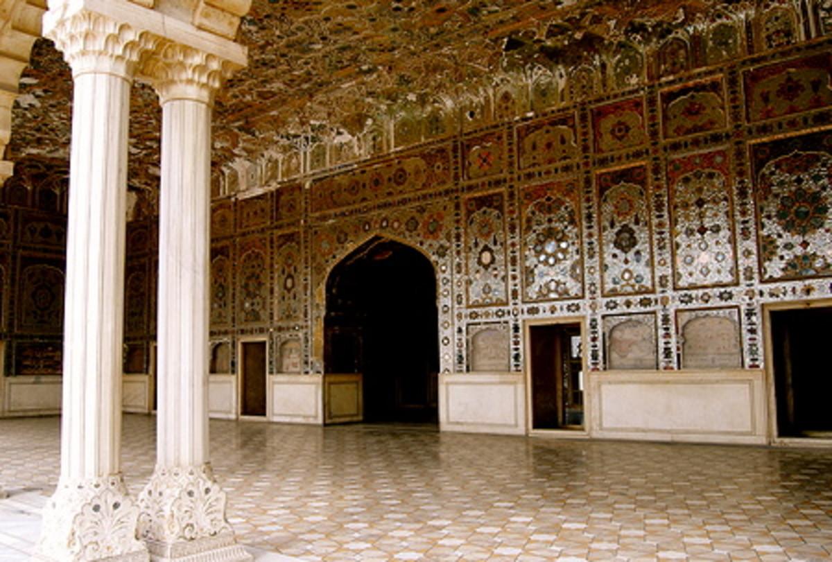 Built by mughal Shah Jehan, 1631.