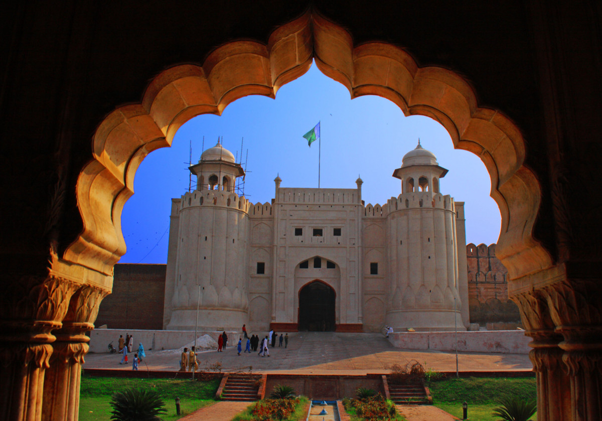 The original fortress - as old as 1025 - was destroyed but rebuilt around the city during mughal Akbar's reign, 1566.