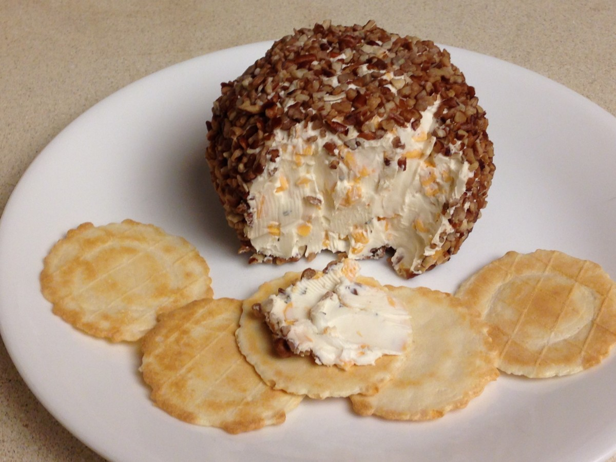 Cheese Ball with water crackers