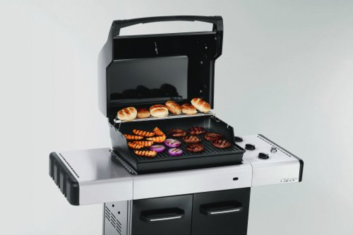 Weber Spirit BBQ comes standard with porcelain grates and flavorizers.  Use the Weber brass brush to clean the BBQ without scratching the porcelain.