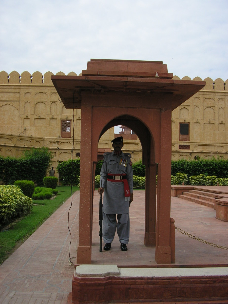The guard outside the Mausoleum to Iqbal