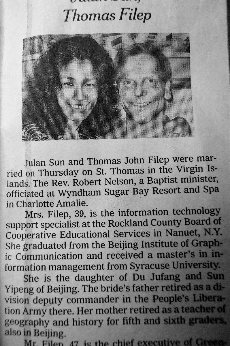 New York Times Wedding Announcement Notice The Perfect Alignment Of Bride And Groom S Eyebrows