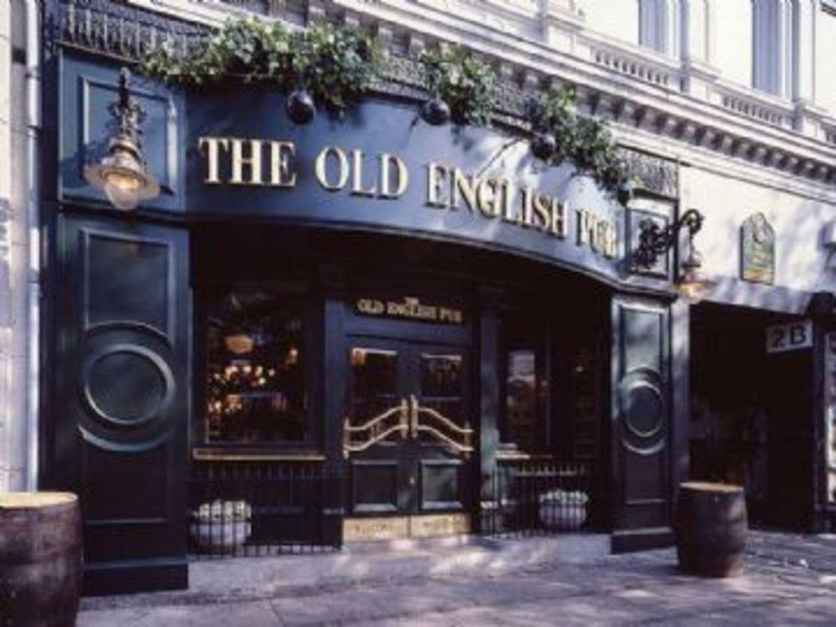 Quitessential English Pub