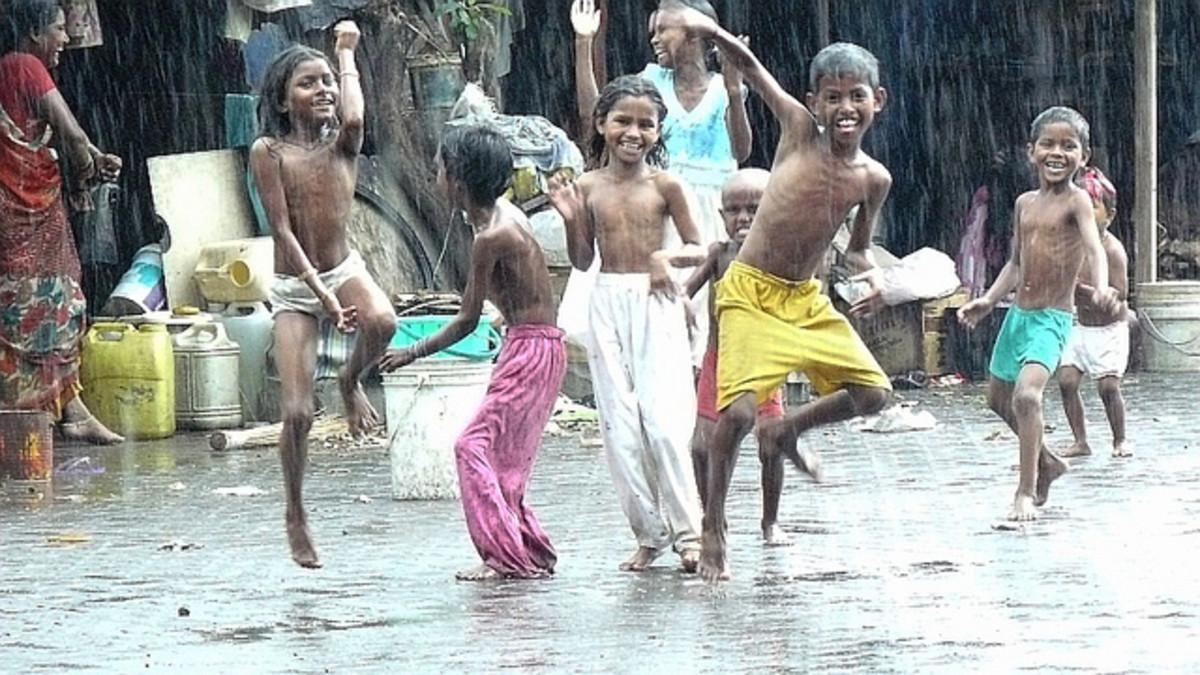 Rain dancers, Mumbai, India