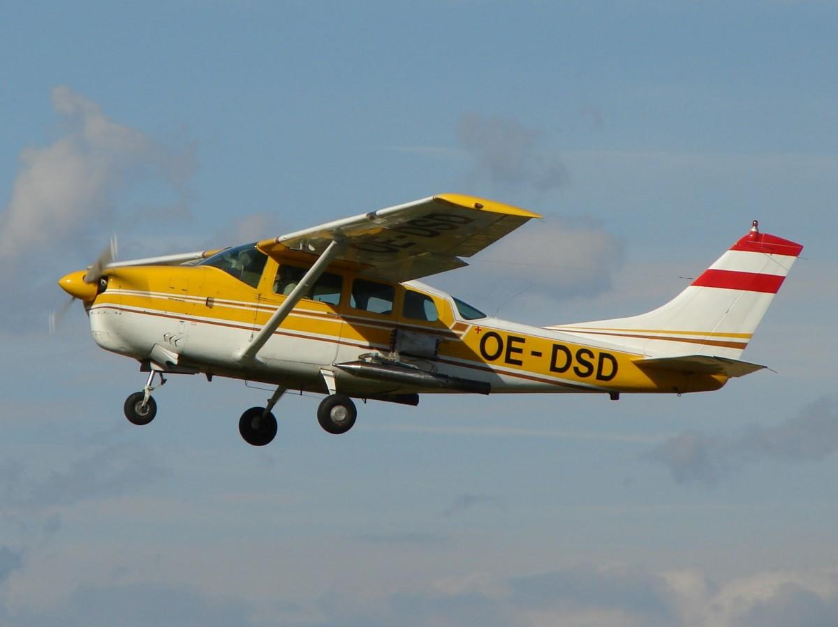 Cloud seeding plane