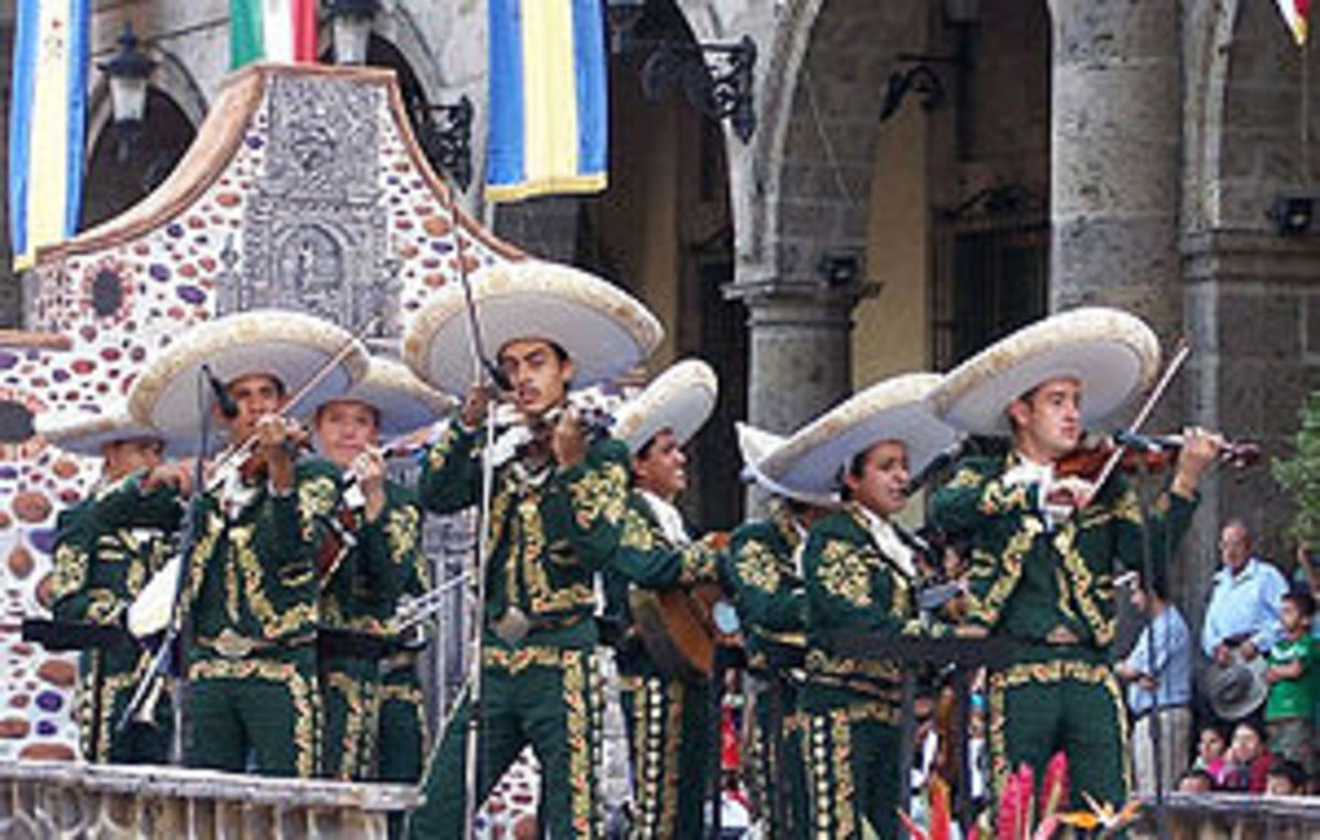A mariachi band is festive for a destination wedding in Mexico.