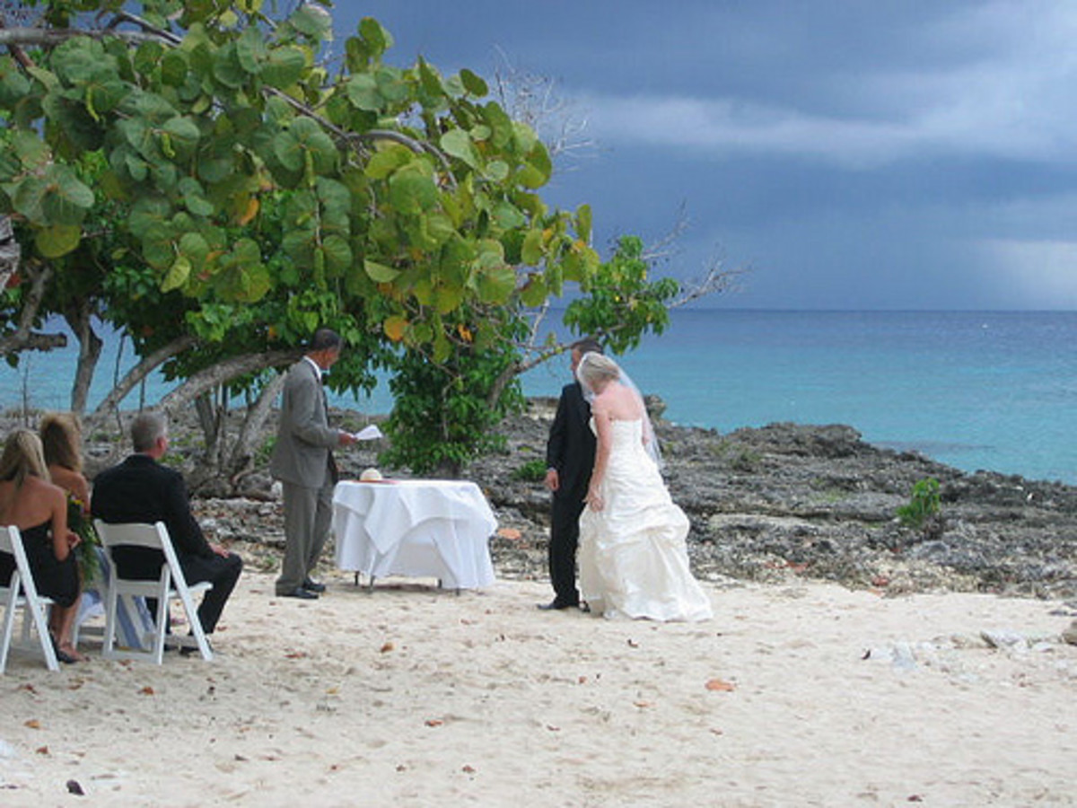 Wedding ceremony on Grand Cayman.
