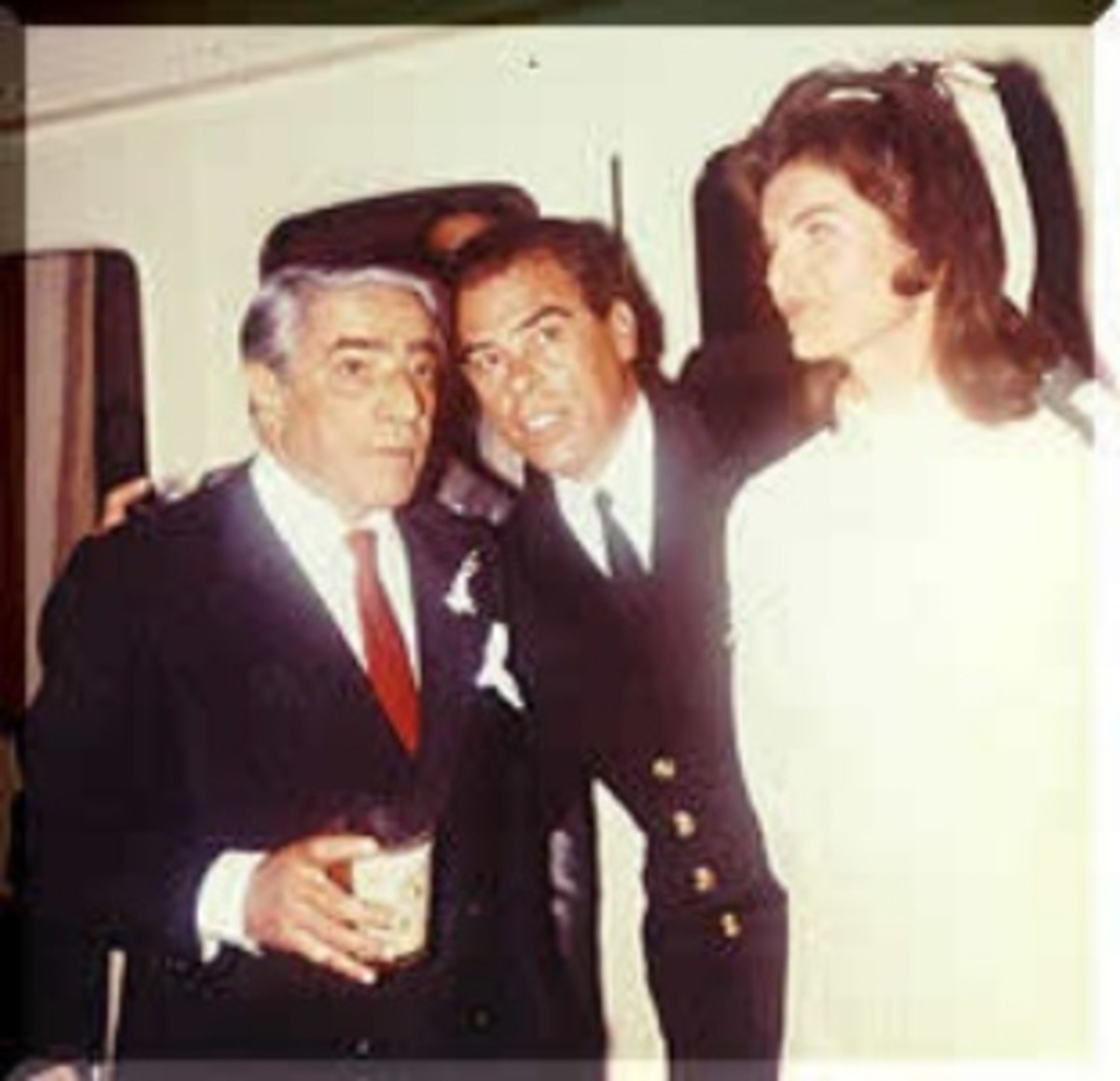 Aristotle Onasis and Jackie Kennedy on the Onasis Yacht