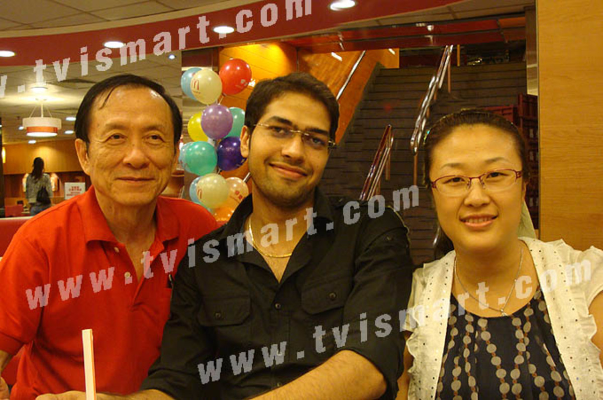 TVISmart.com, a Thai website, posted this picture of TVI Express advisory board members, from left to right, Callahan Koon (Thailand), Tarun Trikha (India), Anny Kim (China), alleged in a meeting in Hong Kong