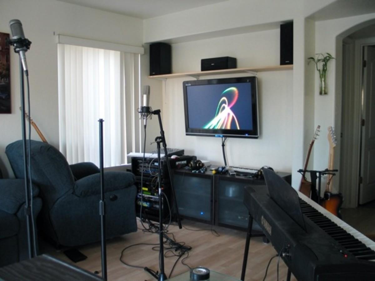 how to start a home studio under 400 hubpages. Black Bedroom Furniture Sets. Home Design Ideas