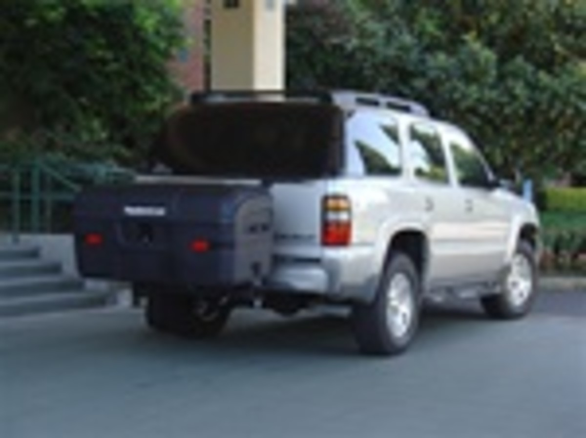 *Super MAX Swingaway Hitch Carrier*     Stowaway2 MAX Swingaway Hitch Carrier            Get 25% more capacity with the Max cargo box and clear access to the rear of your vehicle with our Swingaway frame! Designed for a Class 3 or 4 receiver hitch.