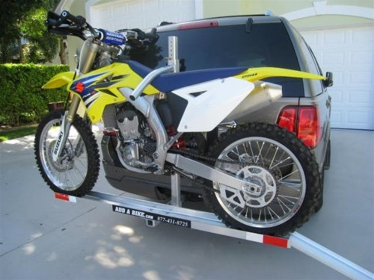 Example of a Hitch Mounted Motorcycle Carrier