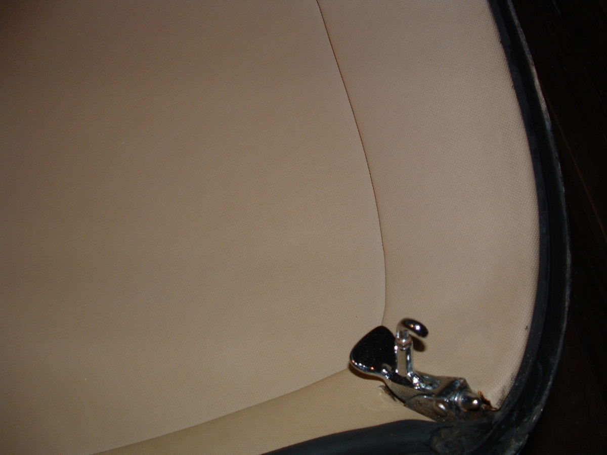 jaguar-e-type-original-removable-hardtop-for-sale