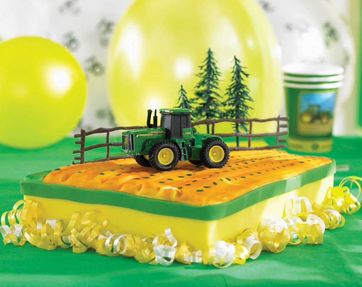 John Deere Tractor Birthday Cake And Cupcake Ideas