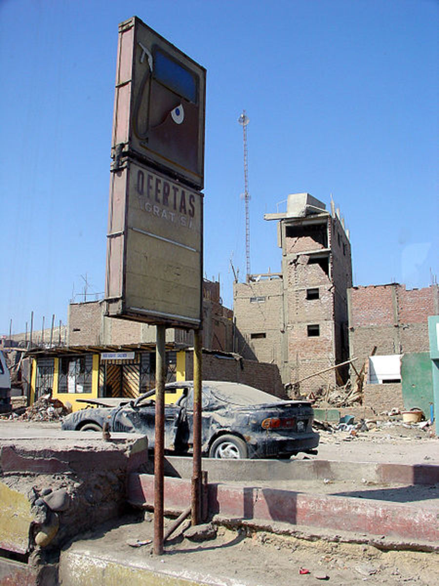 Damage caused by an earthquake in Peru.