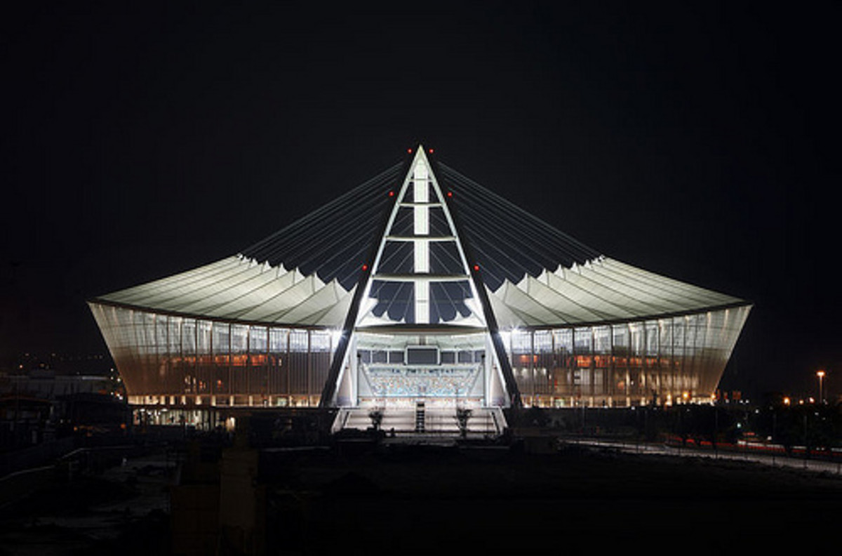This brand new stadium in Durban has maybe the most unexpected design of all the World Cup Stadia. Modeled after the South African National Flag, the stadium has a 105-meter-high arch that runs the length of the oval-shaped structure. At one end, tha