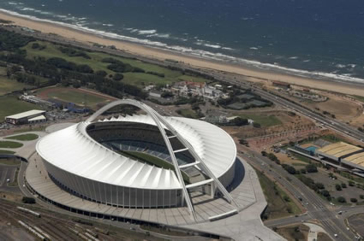 south-african-and-the-2010-world-cup-in-the-eye-of-the-storm