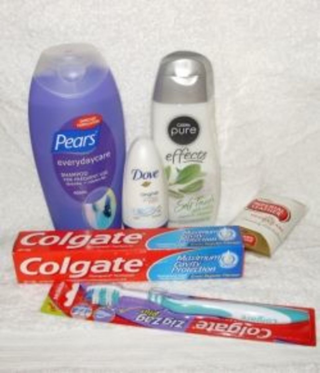 What to put in a toiletry kit