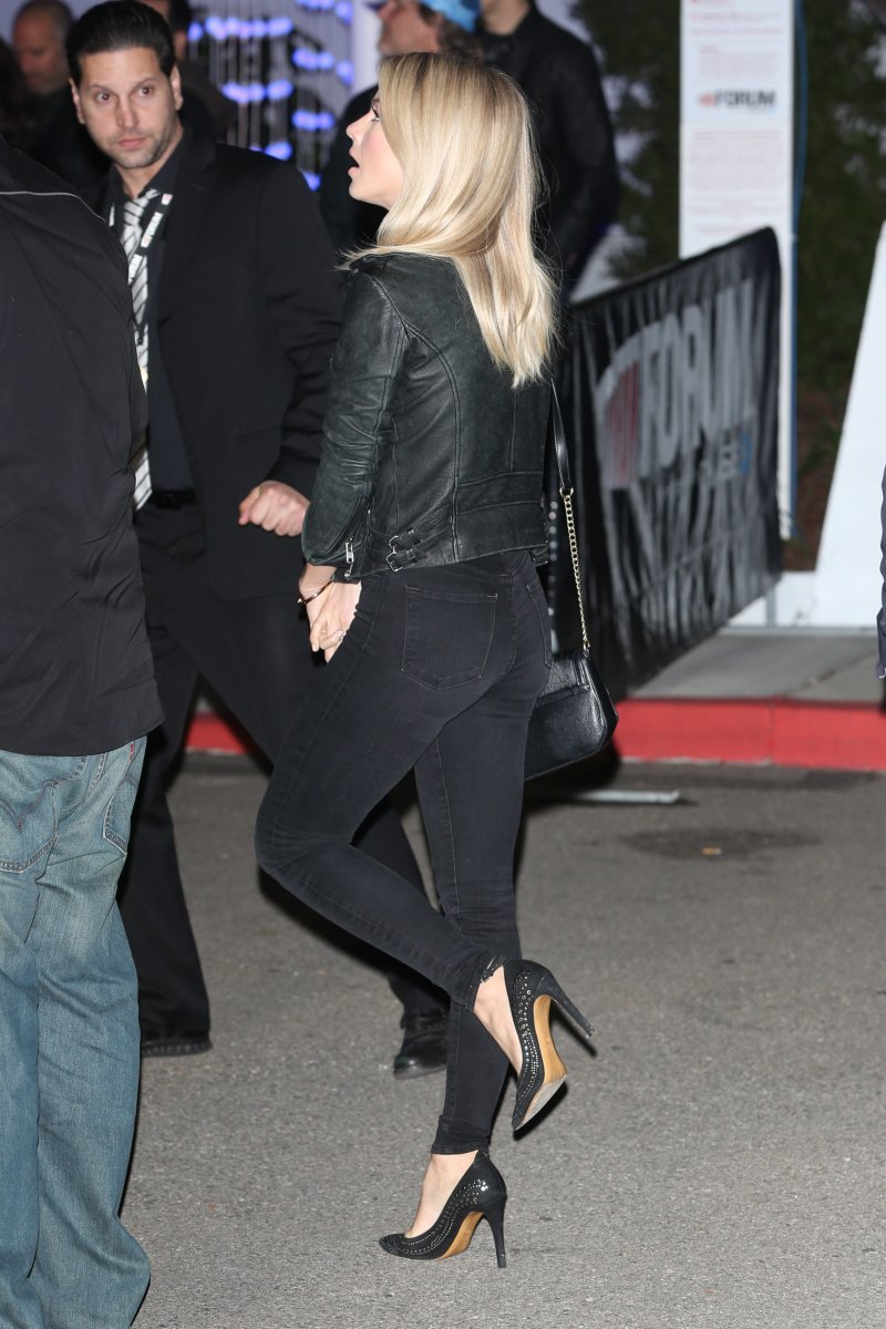 Julianne Hough in tight dark denim and pumps