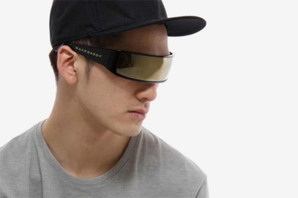 For more info visit http://hypebeast.com/2009/03/mackdaddy-shades-line-sunglasses/