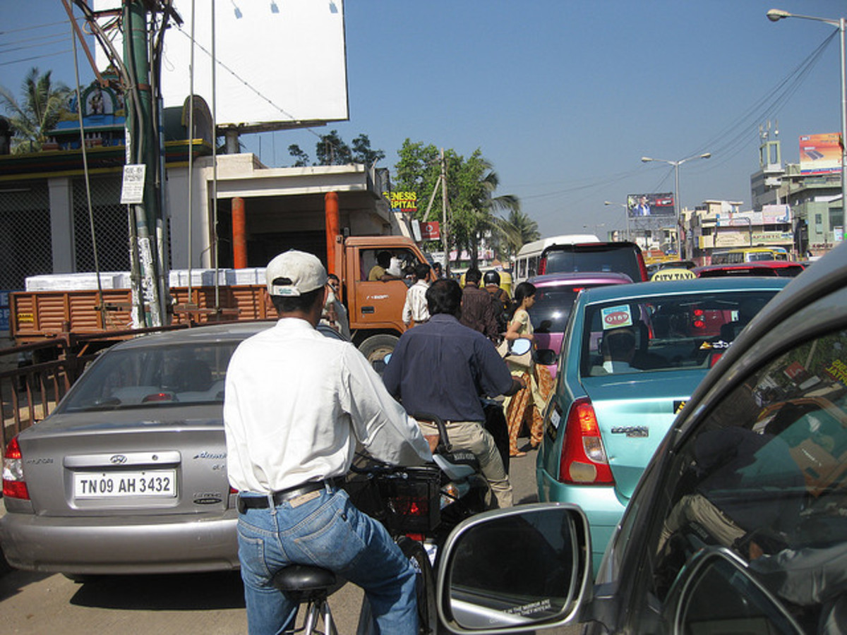 driving-in-india