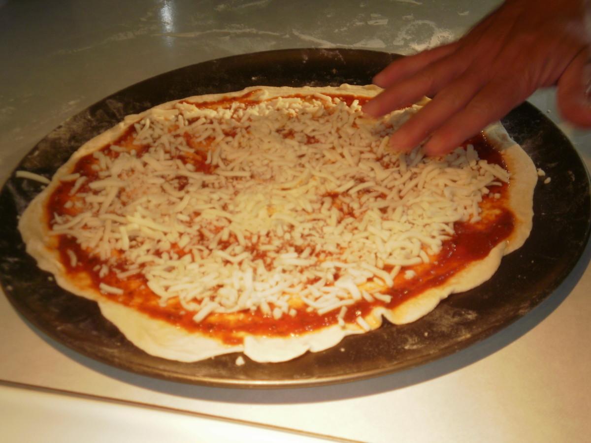 how to make pizza dough in bread machine