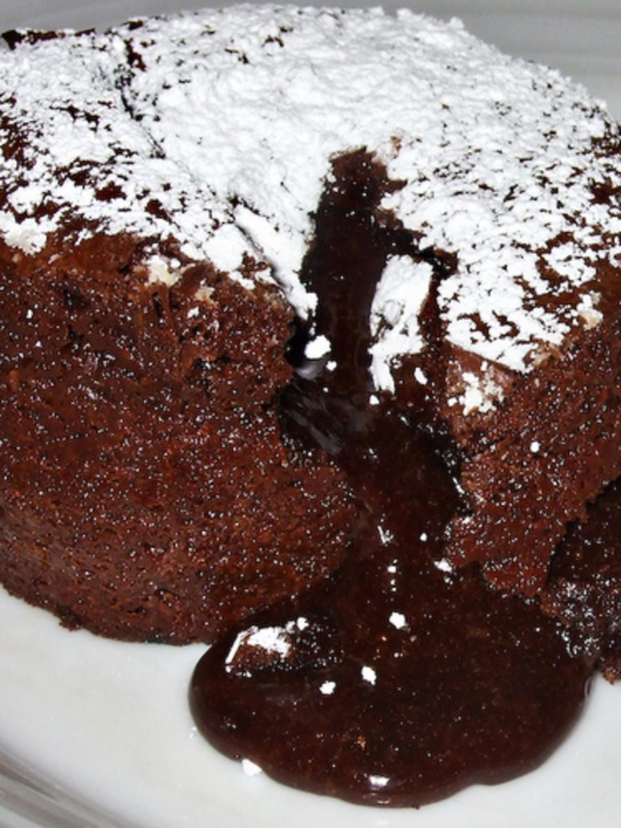 ... Cake Recipes: Gourmet Chocolate Lava Molten Mini Cakes With Liqueur