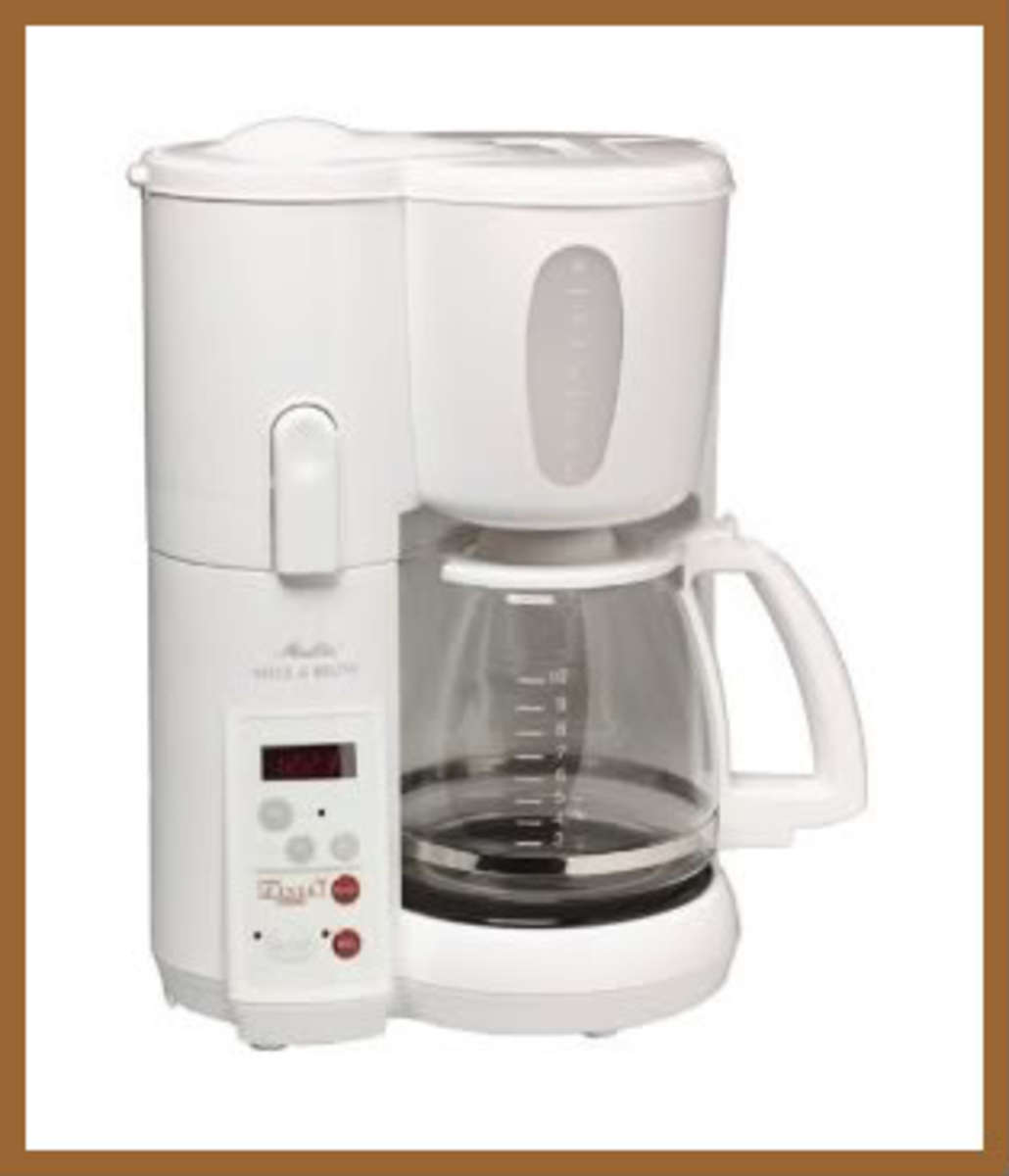 9579642 f520 Coffee Maker That Grinds Beans And Brews