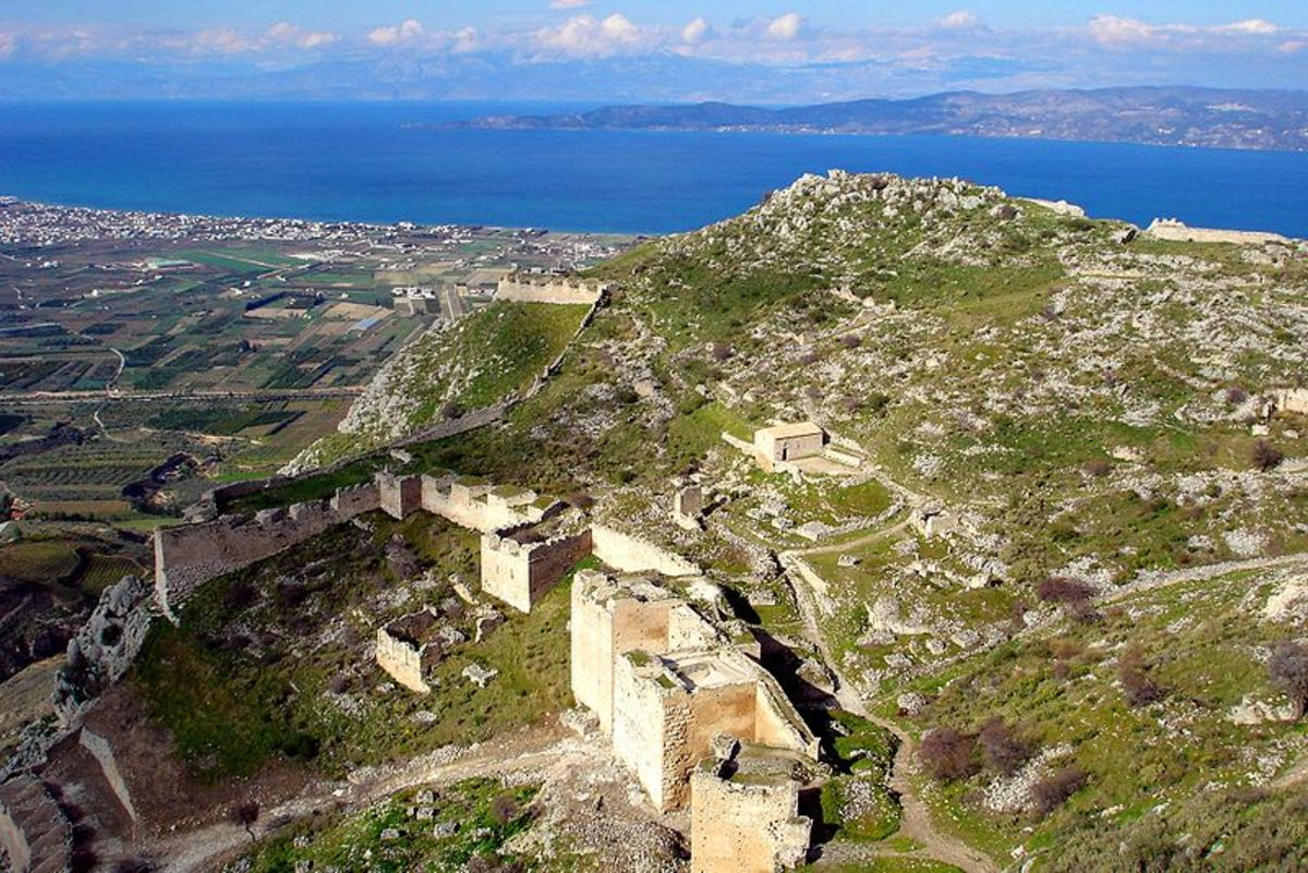 An amazing view of Acrocorinth, or Akrokorinth