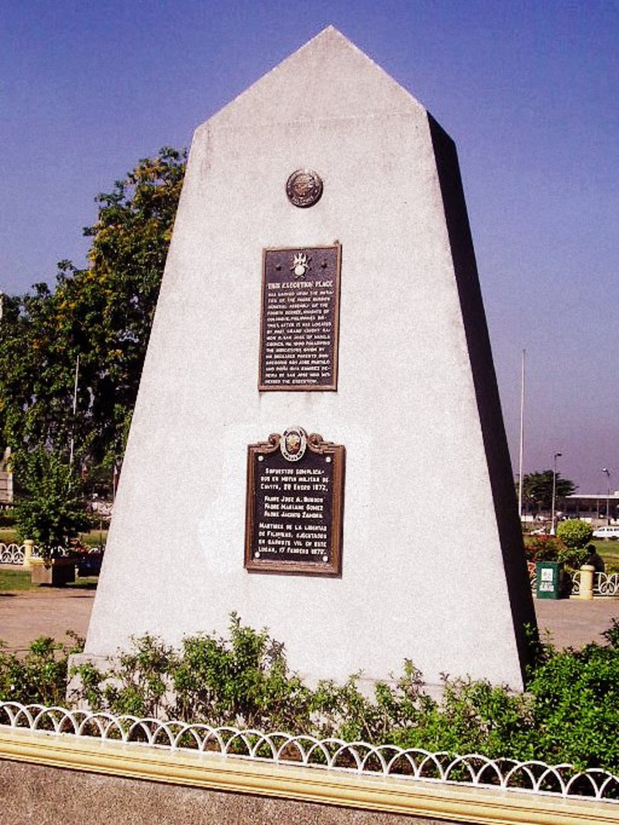 Gomburza Monument
