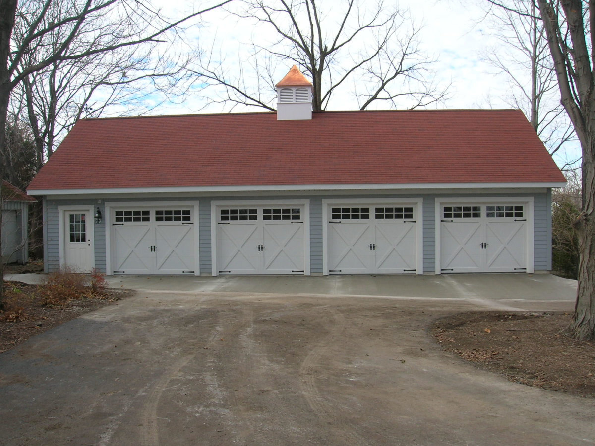 Home improvement coach house 3 car garage and more dream for Homes with 4 car garages