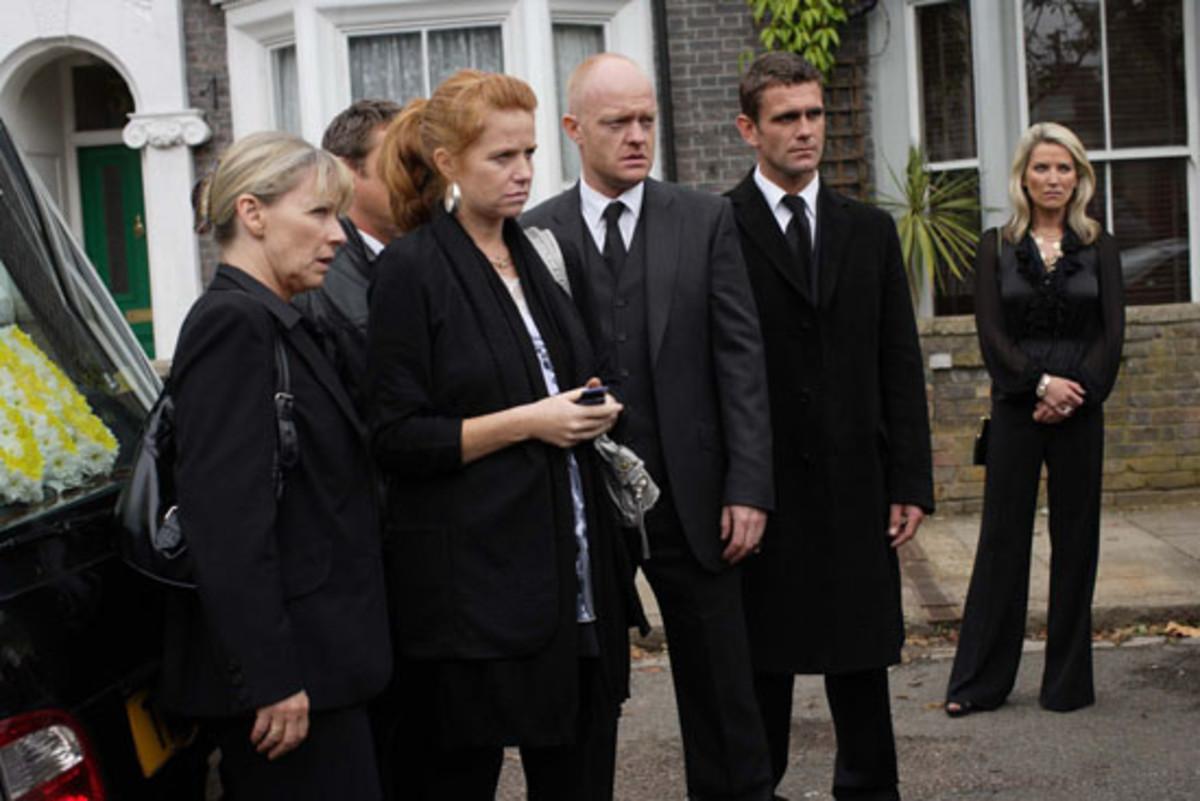 eastenders-billie-jacksons-funeral