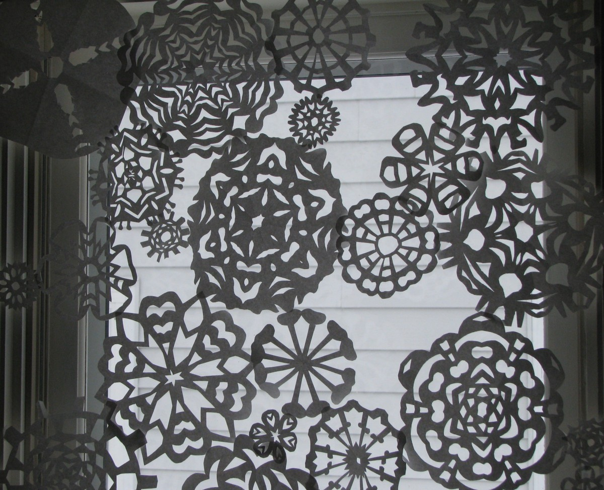 paper snowflake curtain