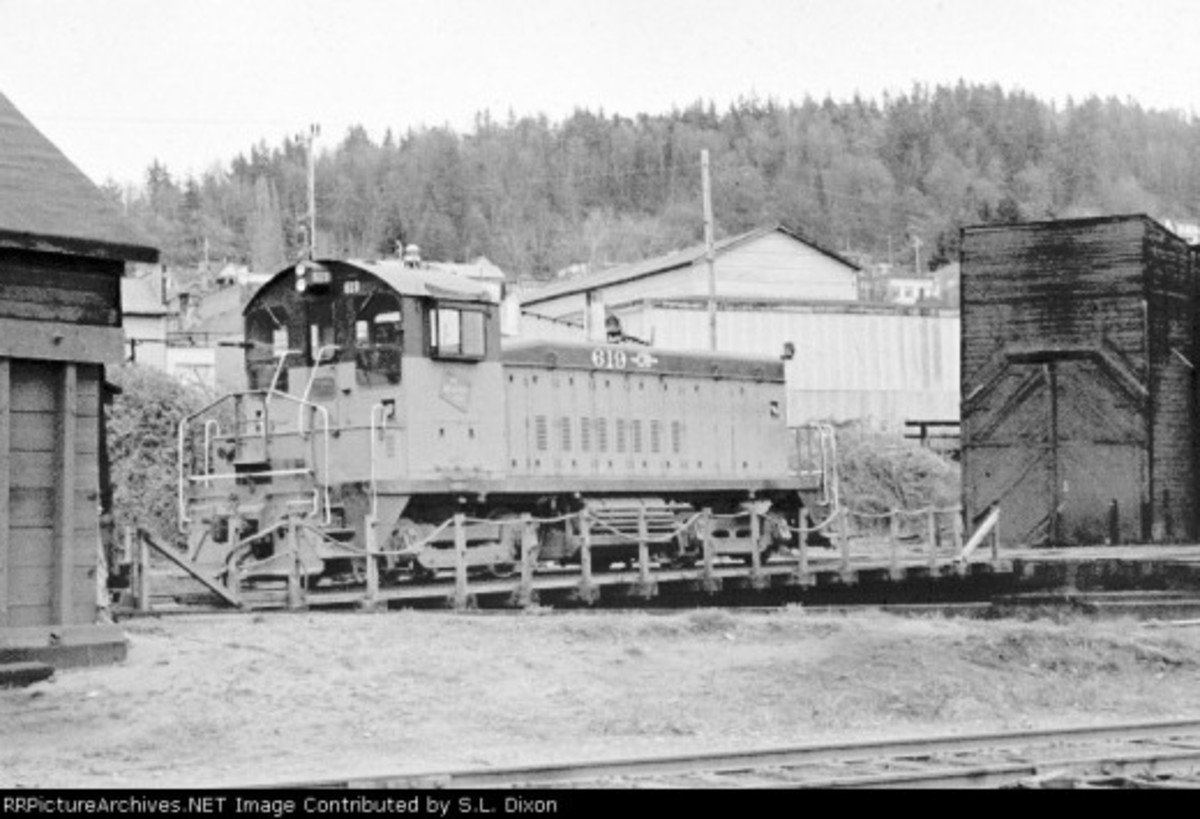 Milw rd switcher at the original BB&BC Roundhouse