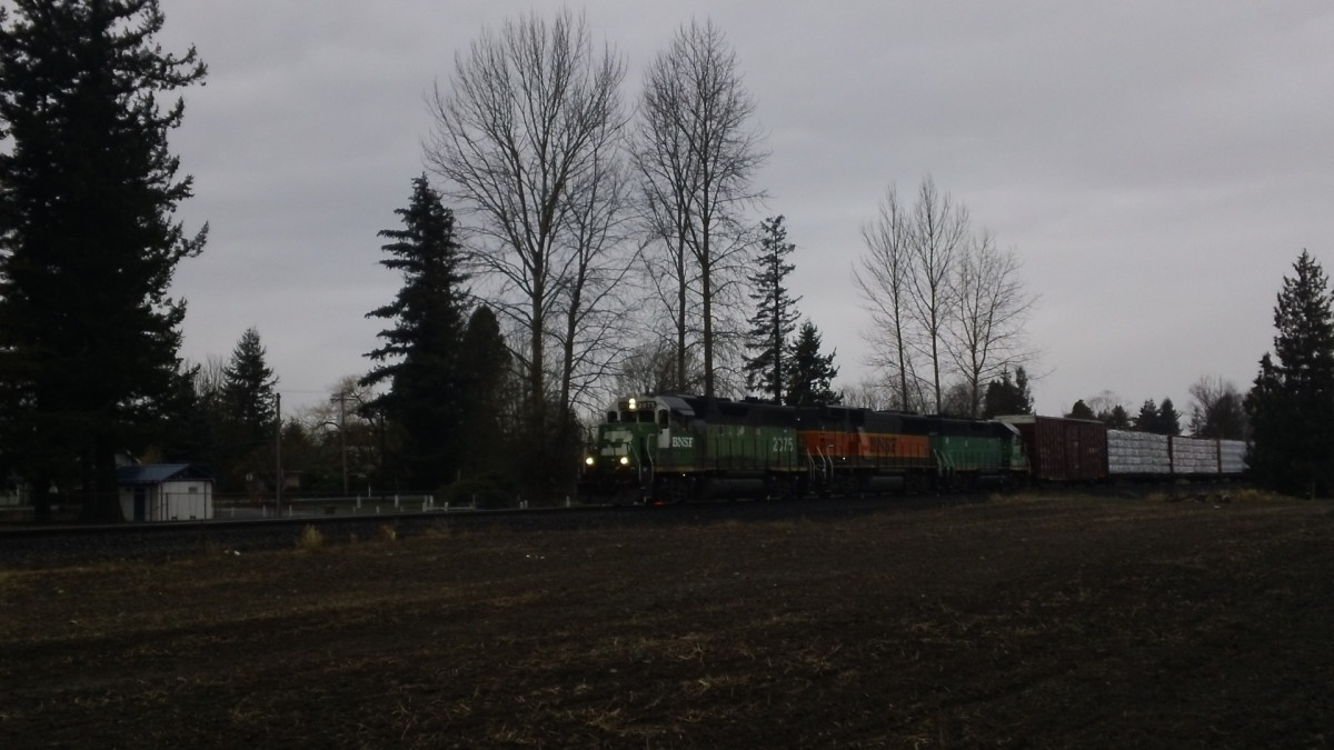 The daily freight from Sumas WA to Seattle with a perfectly matched ABA set of Power.
