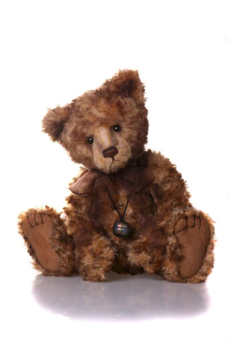 'Alfie' would be such a perfect addition to any Teddy Bear collection