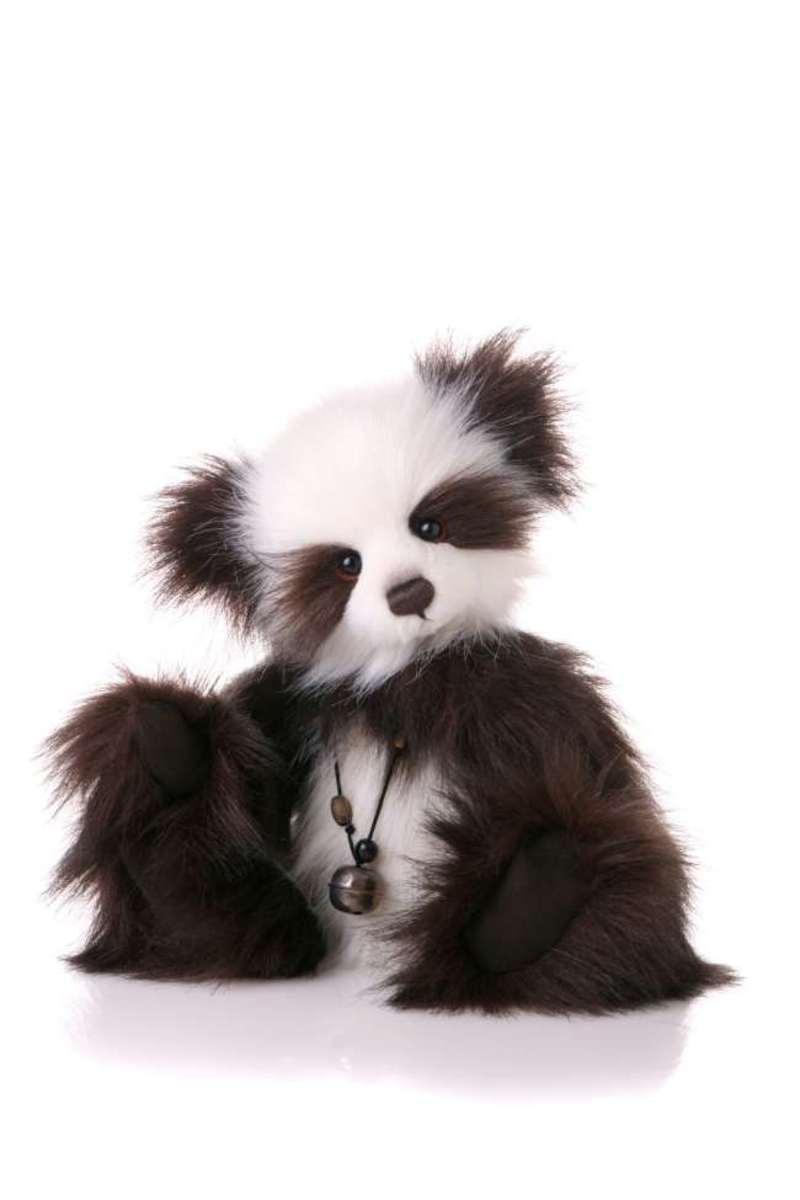 'Izzy' will 'panda' to your every whim!
