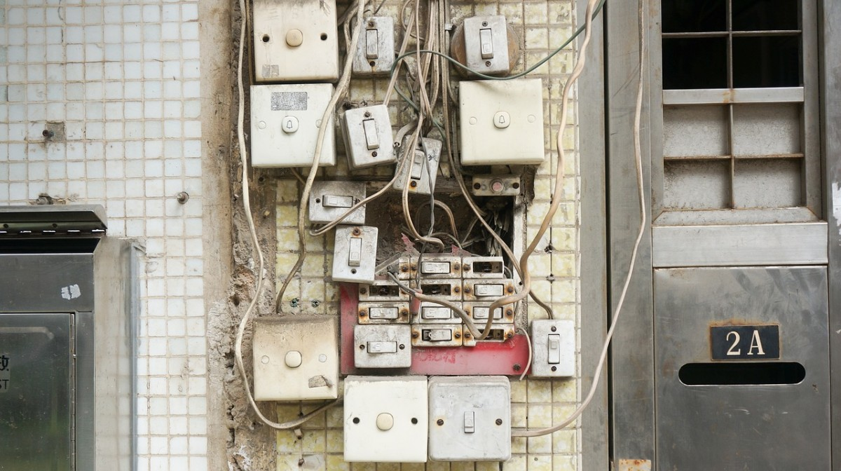 This kind of mess would surely produce a lot of EMFs, but if you see anything remotely like this, call an electrician pronto!
