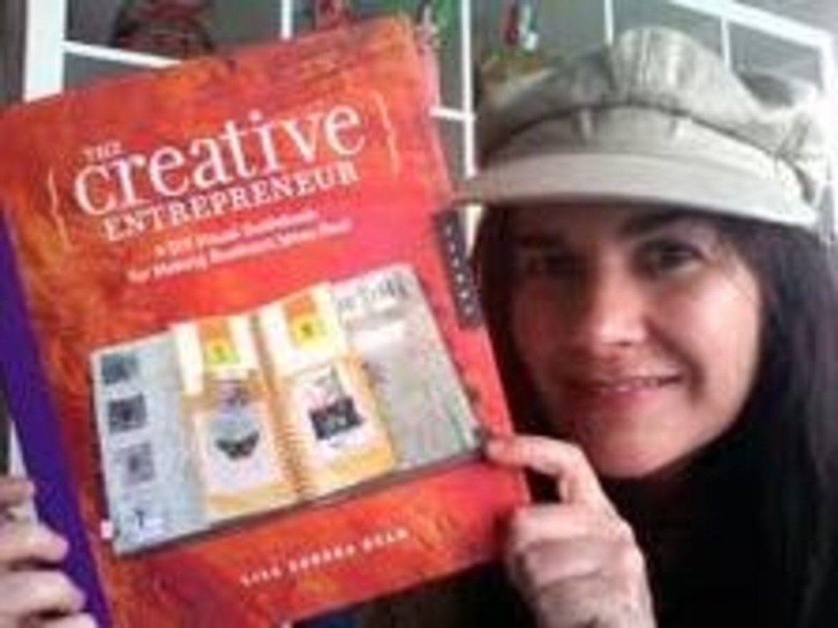 Lisa Sonora Bean with her Book!