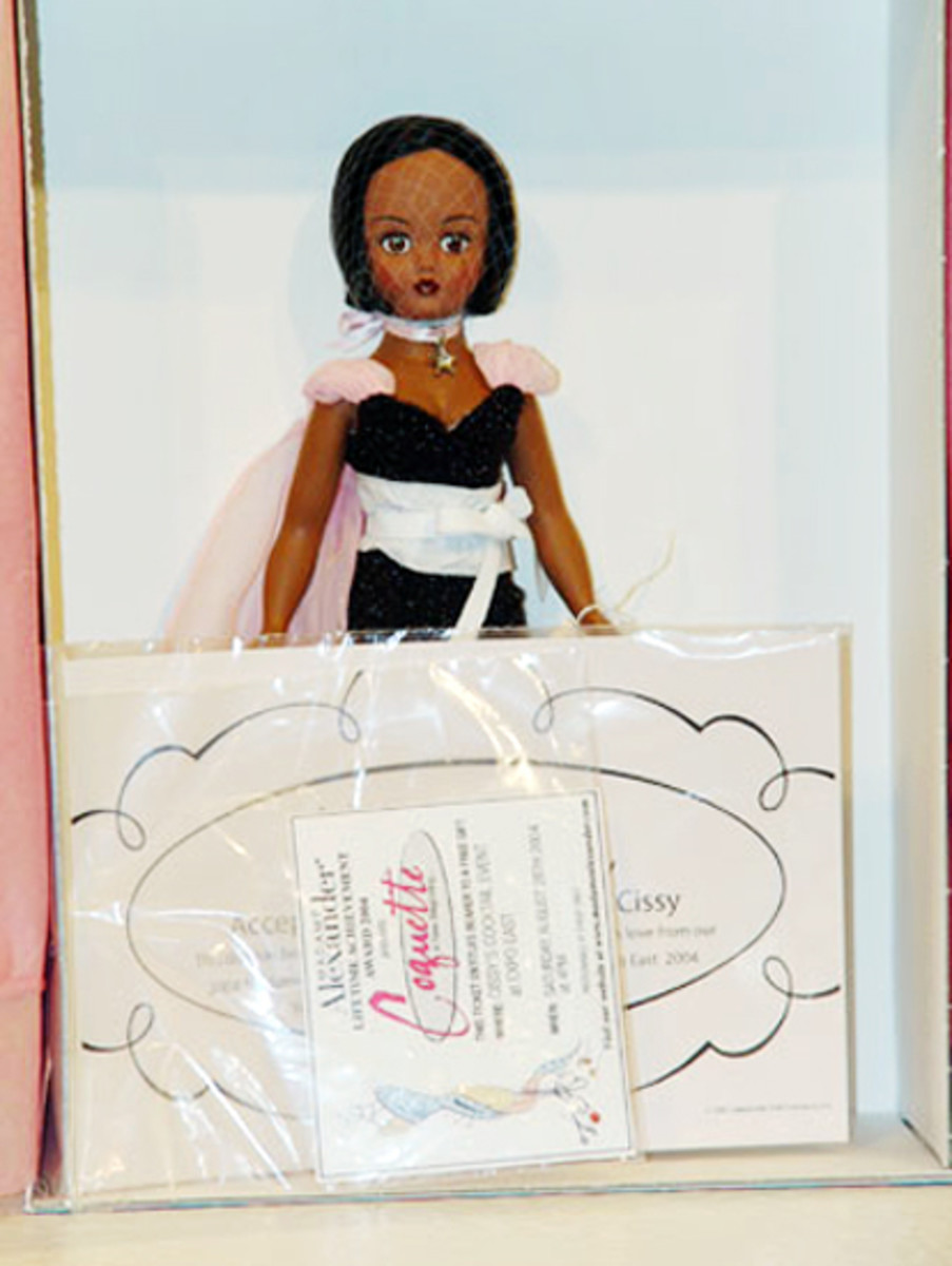 Madame Alexander African AmericanCoquette Cissy Doll